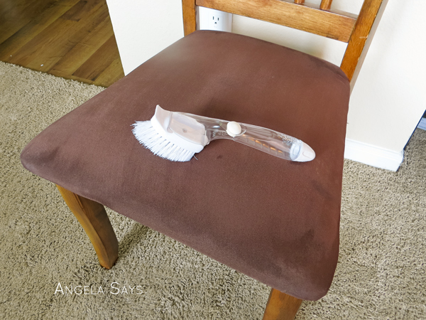 clean-microfiber-furniture
