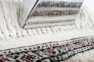 kiwi rug odor removal